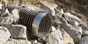 Stabiliser les sorties de drains afin d'éviter l'érosion (avec autorisation)